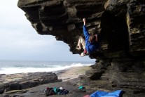 Raymond Wallace bouldering at Forss.