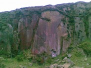 Terrible quality cameraphone pic of burley woodhead quarry (its all I have :-). Boulder matt added for scale.