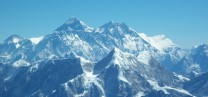 Everest, Llotse & Nuptse. Ama Dablam in foreground