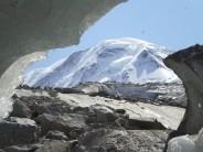 Liskam through melting Glazier Ice