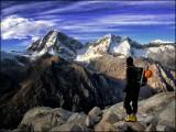 Taking a break during an ascent of Urus (5420 m) in the Cordillera Blanca, Peru.<br>© lregoli