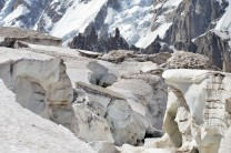 Crevasses on the upper part of Glacier du Géant.
