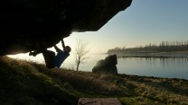 evening bouldering at dumby