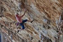 Mike Owen on-sighting Fun de Chichunne, Grande Grotta, Kalymnos.