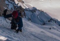 Final snow slope on Migot Spur