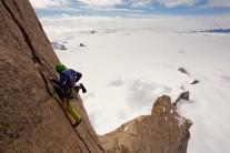 Leo Houlding, pitch 25, NE ridge of Ulvetanna, Antarctica. Taken from 'The Last Great Climb'.