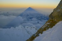 Highlights of 2013 - Everest's shadow