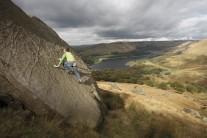 Peak Bouldering Rockfax Gallery - Duncan Skelton on Sip in Side (V0 4c) Top Slab, Wimberry