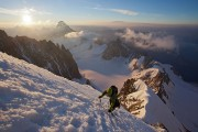 Racing the sunrise on the Kuffner arete<br>© Jon Griffith