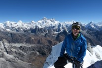 Kyajo Ri summit with the Everest range in the distance.