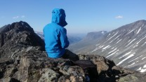 Windy lunch on the Urdadal Ridge