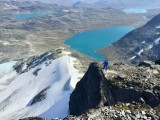 Looking down the east ridge of Falketind<br>© Jamie Simpson - Alpine Dragons