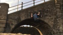 Swinging feet, Pockets over the Arch - Slip Bridge