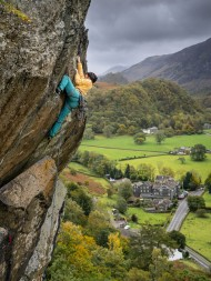 Katie climbs The Bludgeon in typical Autumnal conditions., 476 kb