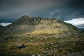 Moody clouds over Bowfell high above the Langdale Valley of the Lake District., 764 kb