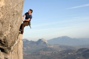 Neil Binns Tinto con Limon (F7a+) at El Torcal, Andalusia.<br>© chris s