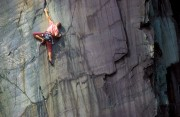 Steve Mclure on the Dark Half, Llanberis Slate quarries<br>© Alex Messenger